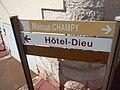 Place Docteur Jorrot, Beaune - sign - Maison Champy - Hôtel-Dieu (35531396202).jpg