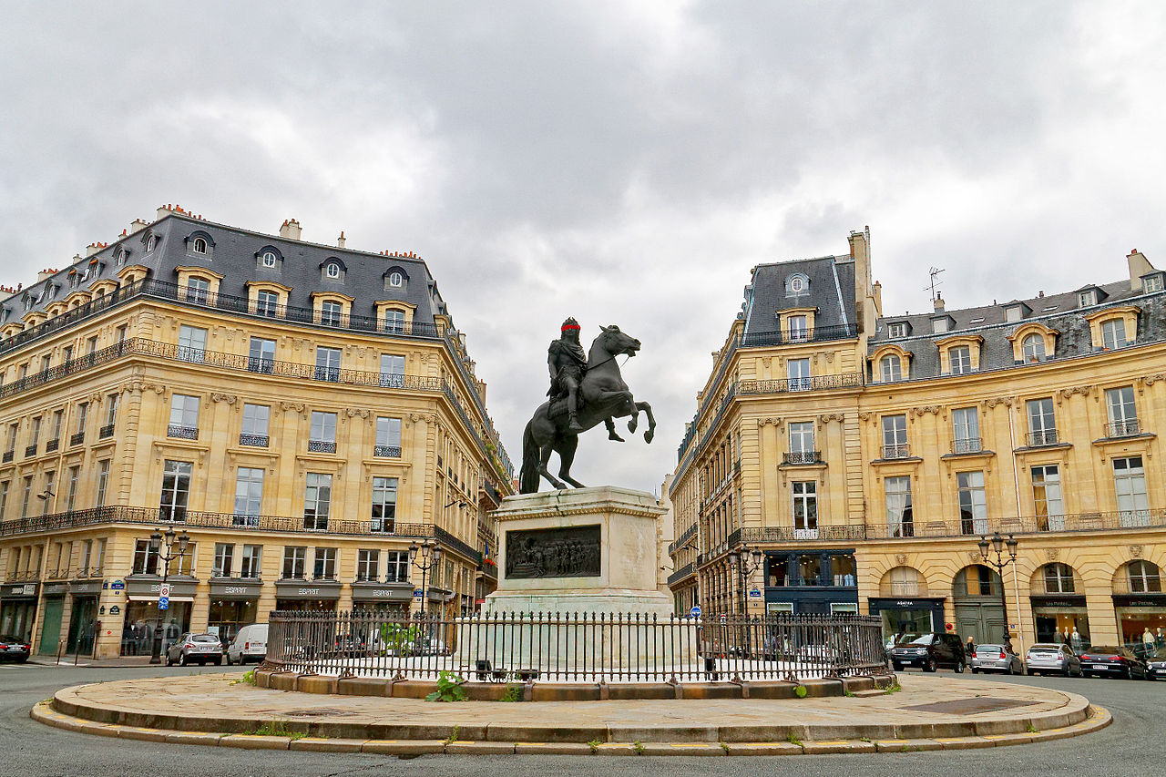 file place des victoires paris 20 august wikimedia commons. Black Bedroom Furniture Sets. Home Design Ideas