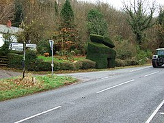 Plowden and Topiary - geograph.org.uk - 617925.jpg