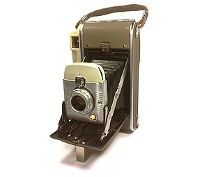 Polaroid Corporation - Polaroid 80B Highlander instant camera made in the USA, circa 1959