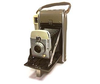 Polaroid Corporation - Polaroid 80B Highlander instant camera made in the USA, circa 1959