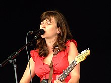 Polly Paulusma in concert Coventry Godiva Festival 2007.jpg