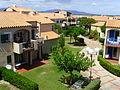 Port Leucate (Aude), Club Oasis, inner courtyard.jpg