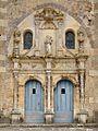 Portail eglise Ainay-le-Chateau.jpg