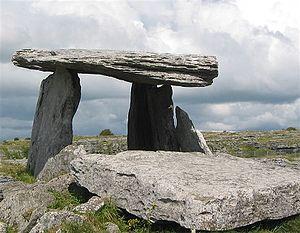 Poulnabrone dolmen - Poulnabrone