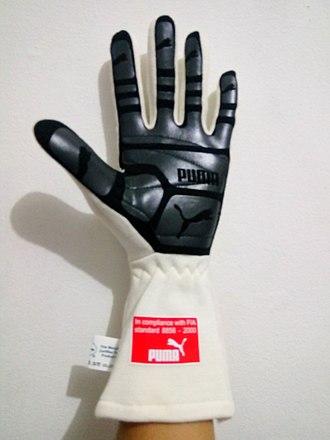 Driving glove - Image: Puma Furio Gloves Telapak Tangan