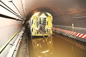 R65 (New York City Subway car) - An R65 in the Cranberry Street Tunnel after Hurricane Sandy