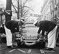 Ralley der Tulpen start Den Haag, Bestanddeelnr 905-0693.jpg