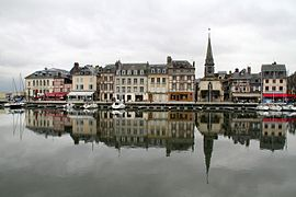 Reflection at Honfleur harbour.jpg