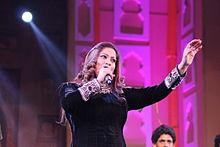 Richa sharma tells about kapil's singing – the kapil sharma show.