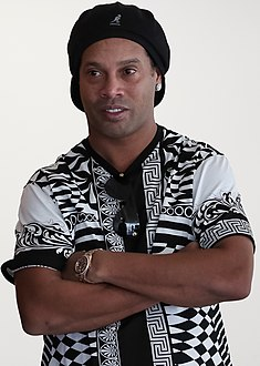 Ronaldinho Gaúcho em junho de 2019.jpg