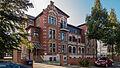 Saalfeld Dr.-Wilhelm-Külz-Straße 5-7 Doppelwohnhaus (Mietetagenvilla).jpg