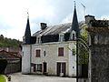 Saint-Front-la-Rivière château Caneau.JPG