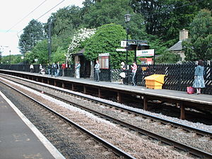 Saltaire railway station - Image: Saltaire station p 1