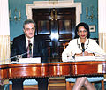 Saud al-Faisal et Condoleezza Rice.jpg