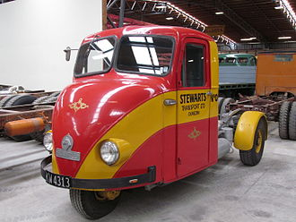 Scammell Scarab - Scammell Scarab with dual headlamps