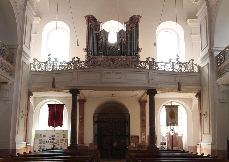 Schlehdorf St Tertulin Orgel.jpg