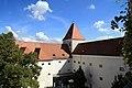 Schloss Orth 2012 Innenhof g.jpg