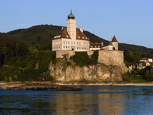 Schloss Schönbühel 20180919.jpg
