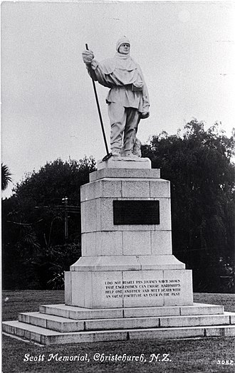 Scott Statue - Scott Statue in 1917 with the inscription in the plinth still visible.