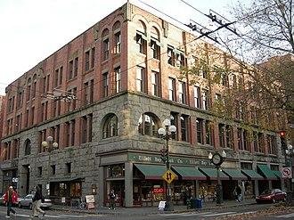William E. Boone - The Globe Building (1890–91)