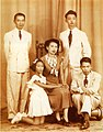 Seni pramoj and family before 1957.jpg