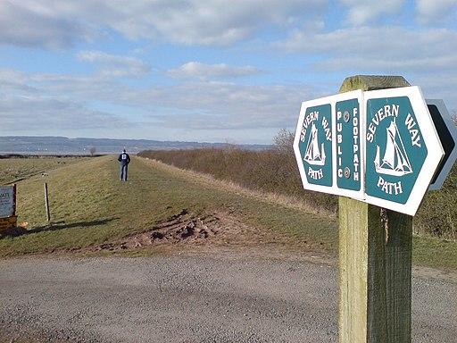 Severn Way Footpath at Oldbury - geograph.org.uk - 1755339