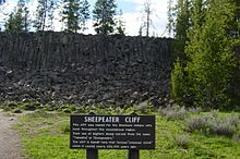 Sheepeater Cliff sign.JPG