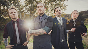 Shinedown in 2015. From left to right: Zach Myers, Brent Smith, Eric Bass and Barry Kerch.