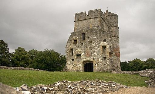 Side view of Donnington Castle