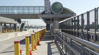 Metro ExpressLanes - Image: Slauson & 1 110 Metro Silver Line Station Picture 2