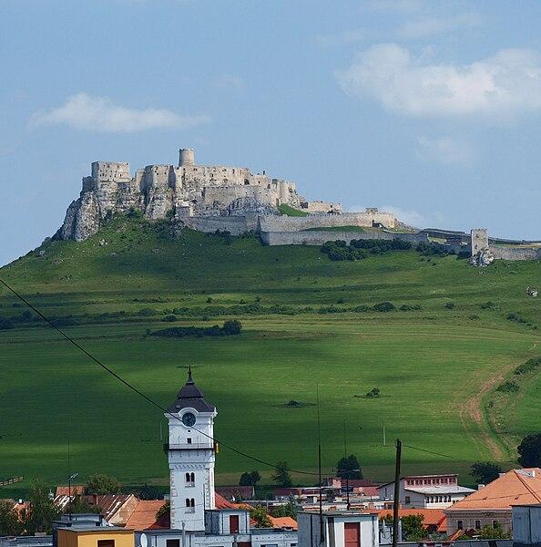 Soubor:Spišský hrad a Spišské Podhradie.jpg