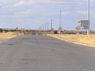 Stamford, Queensland - The Kennedy Developmental Road seen at Stamford Roadhouse