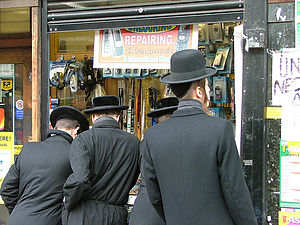 Stamford Hill - Hasidic Jews in Stamford Hill.