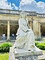 Statue de Rosa Bonheur vue de gauche.jpg