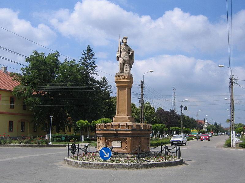 Fişier:Statuia Sf. Florian Jimbolia.jpg