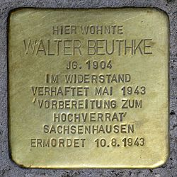 Photo of Walter Beuthke brass plaque