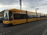 Straßenbahnwagen 2536 Dresden 2.jpg