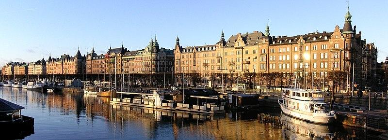 Strandvejen fra Djurgårdsbron mod Nybroplan, december 2007.