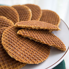 A plate of stroopwafels