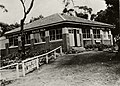 Sublime Point Refreshment Inn Cafe Wollongong RAHS undated (RAHS Photograph Collection) (27197402364).jpg