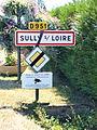 Sully-sur-Loire-FR-45-panneau d'agglomération-01.jpg