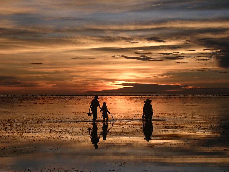File:Sunset Agta Beach Resort - Biliran Philippines.jpg