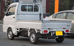 Suzuki Carry Truck KC 4WD DA16T Rear.JPG
