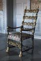 Svart stol med kinesiserande ornament i guld, 1800-tal - Skoklosters slott - 103997.tif
