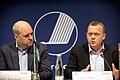 Sveriges statsminister Fredrik Reinfeldt och Danmarks statsminister Lars Loekke Rasmussen pa pressmote pa Nordiskt globaliseringsforum 2010.jpg