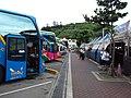 TW 台灣 Taiwan 新台北 New Taipei 萬里區 Wenli District 野柳 Yehliu outdoor carpark bus 港東路 August 2019 SSG 03.jpg