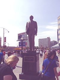 Ted Rogers Statue Toronto.JPG