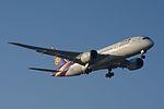 Thai Airways Boeing 787-8 HS-TQA NRT (16605362011).jpg