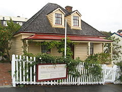 The Colonial Cottage Museum, Wellington.jpg